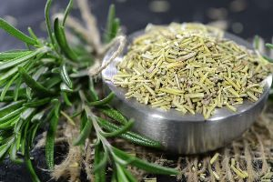 dried-rosemary